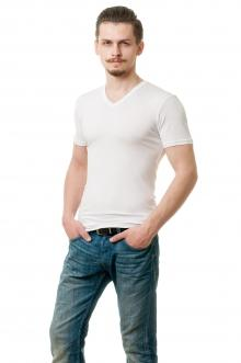 белая футболка c V вырезом AndreStar 2405