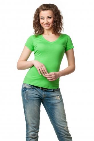 Футболка женская с V-образной горловиной  салатовая