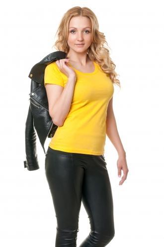 Футболка женская с круглой горловиной желтая