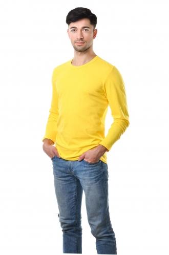 Желтая мужская футболка с длинным рукавом