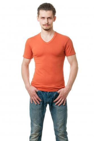 Оранжевая Мужская футболка с V вырезом viskosa